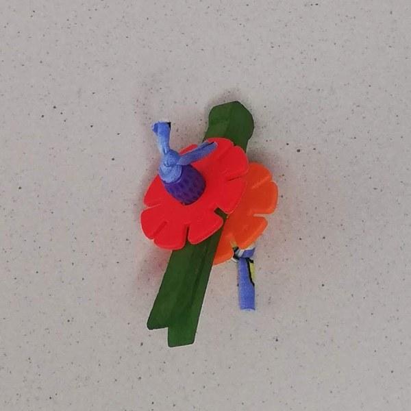 Rani Toys Peg Foot Avian Parrot Toy